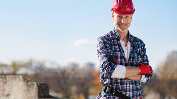 besiktningsman på byggarbetsplats